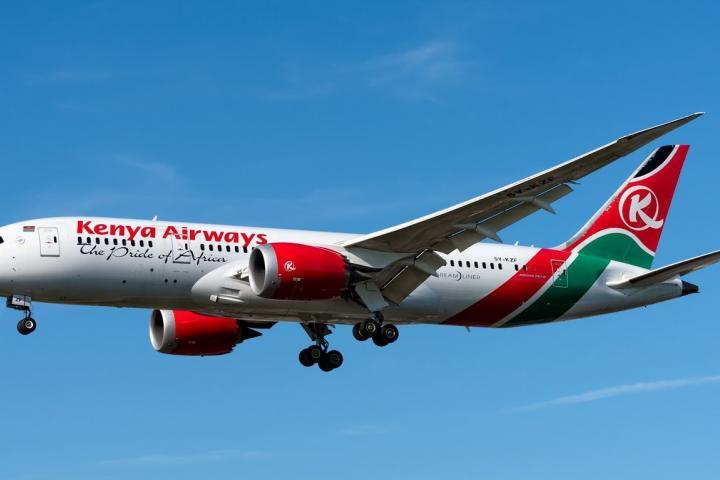 máy bayĐi lậu máy bay, hành khách bị rớt xuống đất tử vong