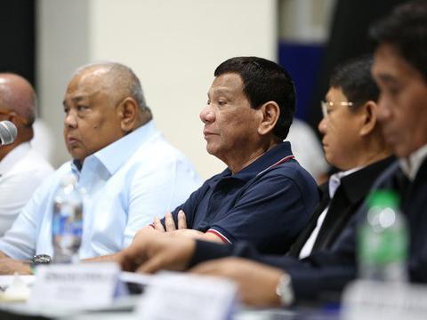 Tổng thống Philippines gây thất vọng khi tuyên bố: Vụ tàu cá bị đâm chìm chỉ là tai nạn hàng hải!